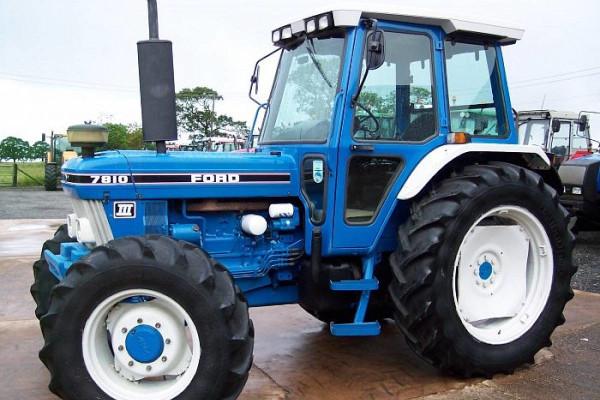Tractor Ford 7810 con cabinaTractor Ford 7810 con cabina