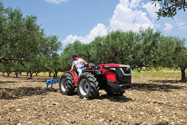 Tractor grupo ARGO, marca Valpadana