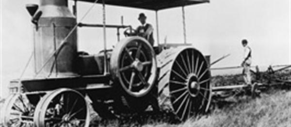 Case Titan, primer tractor comercial de la firma