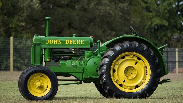 John Deere modelo BR