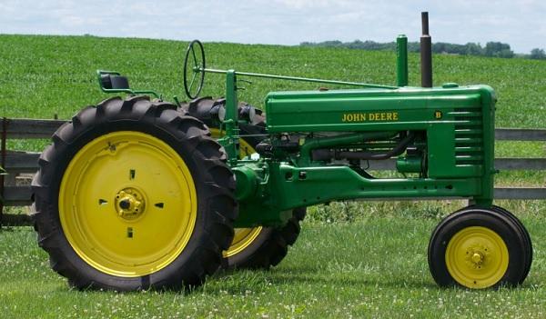 Tractor John Deere modelo B