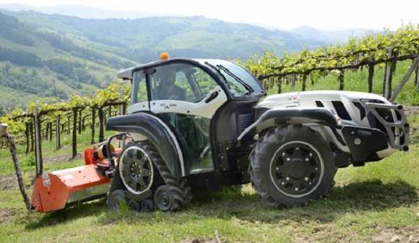 Tractor Pasquali Skyjump K105