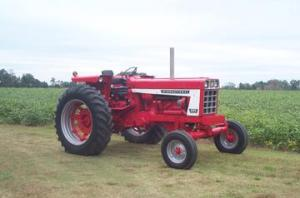 1974 International 666  TractorShed