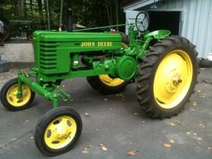 John Deere model H wide front elec  Yesterday's Tractors