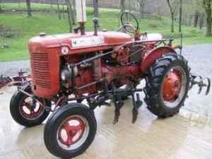 Used Farm Tractors for Sale: 1950 Farmall Super A (201004