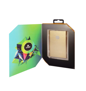 gold_package_inside_1