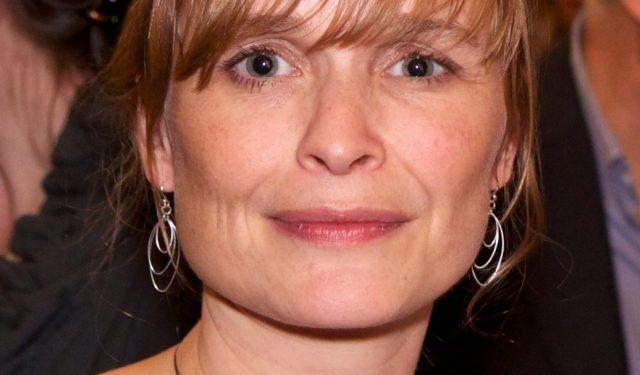 gillian-holmes-literary-editor
