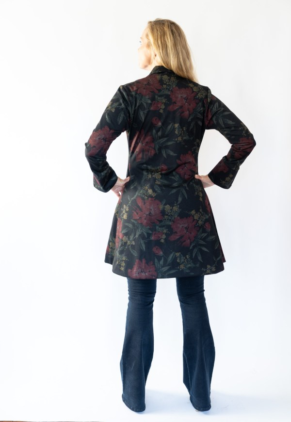 Tracy Gold Collection floral coat dress jeans back