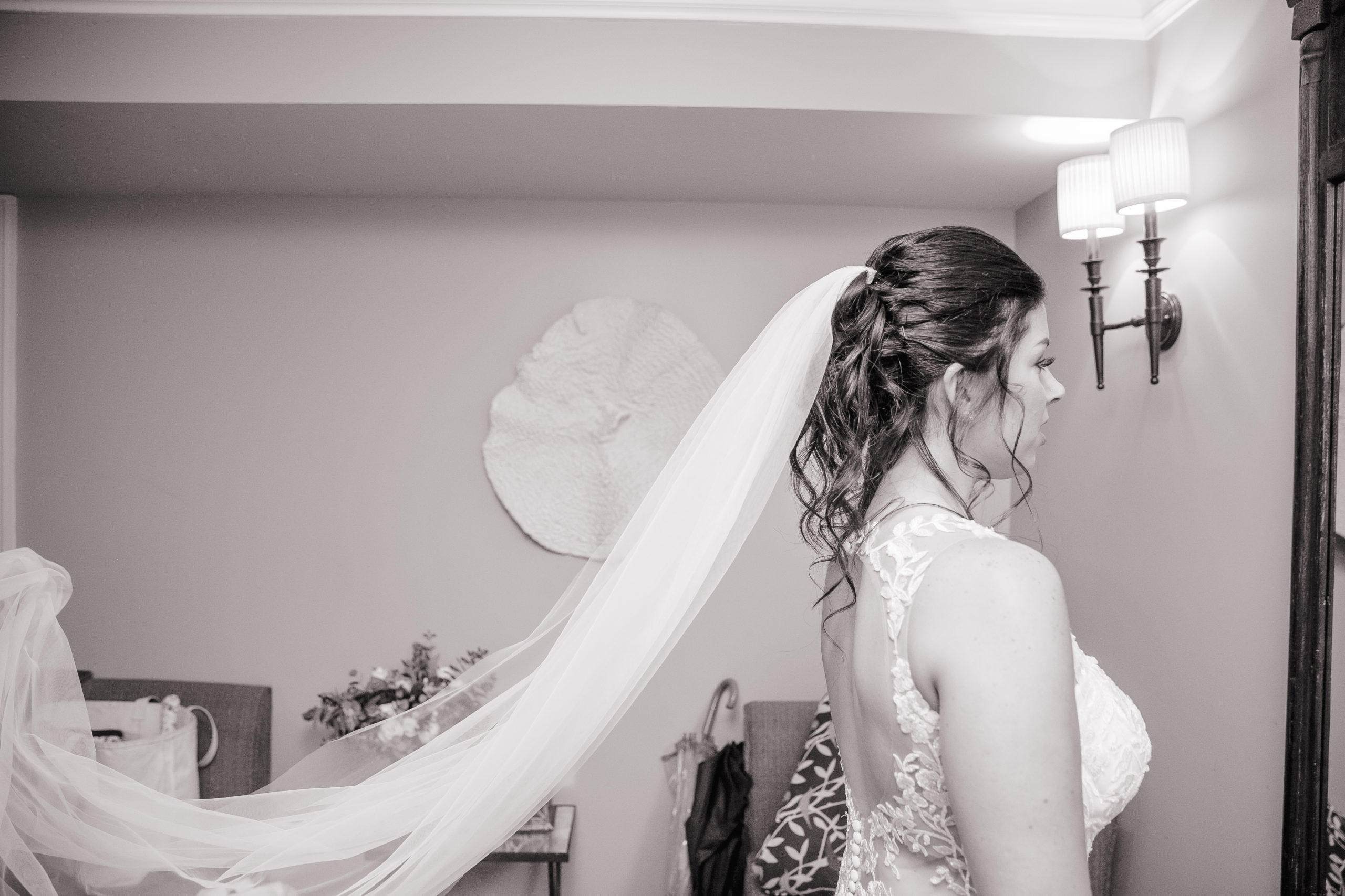 Bride, Veil, getting ready, Tracy Jenkins Photography, Harbor Lights, Warwick, Rhode Island, RI, New England, Wedding, Photography