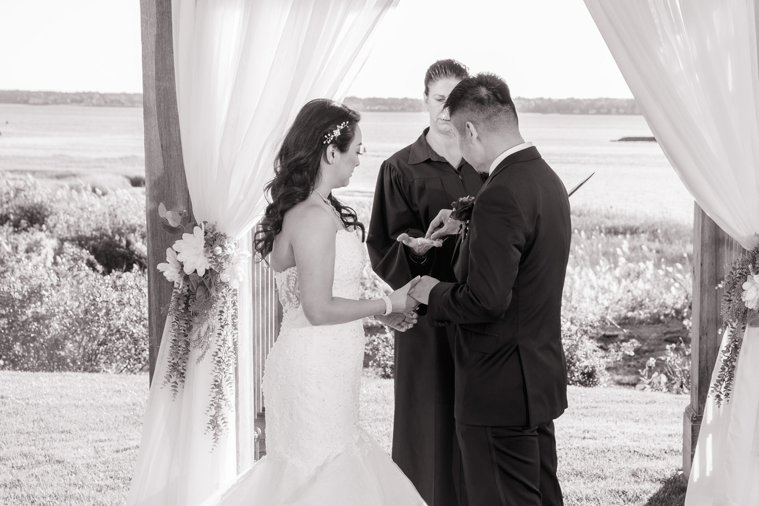 Harbor lights, warwick, rhode island, RI, Tracy Jenkins Photography, RI wedding photographer, Rhode Island wedding photographer, micro-wedding, wedding ceremony, rings, ring exchange