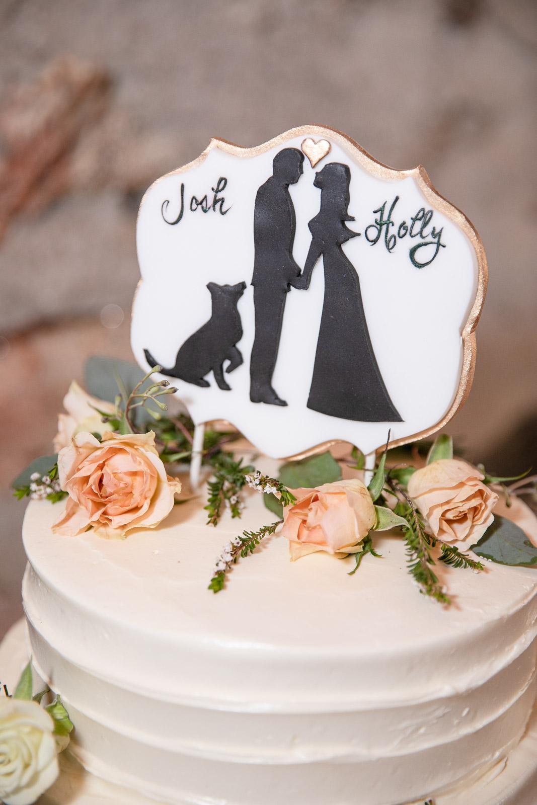 Wedding, Narragansett Towers, The Towers, Narragansett, Rhode Island, RI, Tracy Jenkins photography, RI wedding photographer, Rhode Island wedding photographer, wedding details, wedding cake, dog cake topper