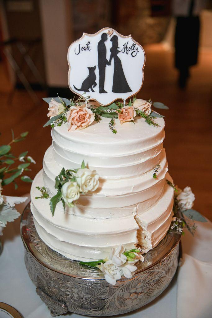 Wedding, Narragansett Towers, The Towers, Narragansett, Rhode Island, RI, Tracy Jenkins photography, RI wedding photographer, Rhode Island wedding photographer, wedding cake, cake cutting, wedding details