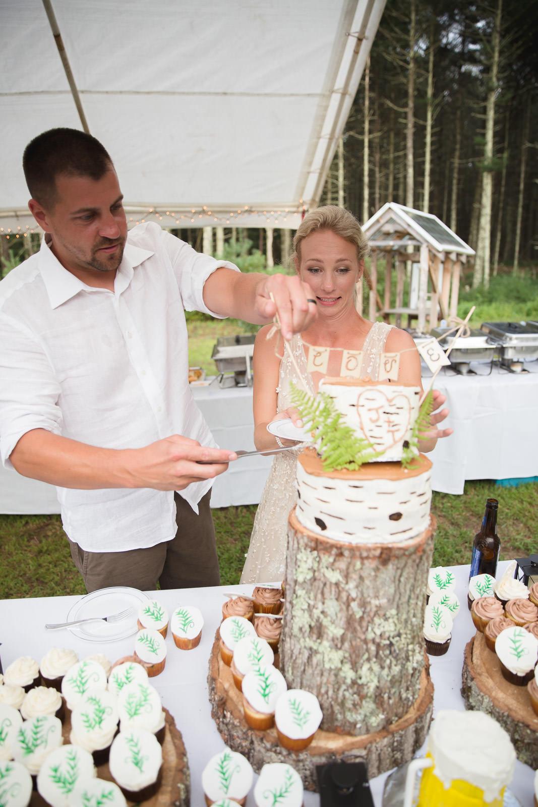 Coventry, Rhode Island, RI, Backyard Wedding, forest, earthy, wedding, tracy jenkins photography, wedding photographer, ri wedding photographer, Rhode Island Wedding photographer, wedding cake, cake cutting