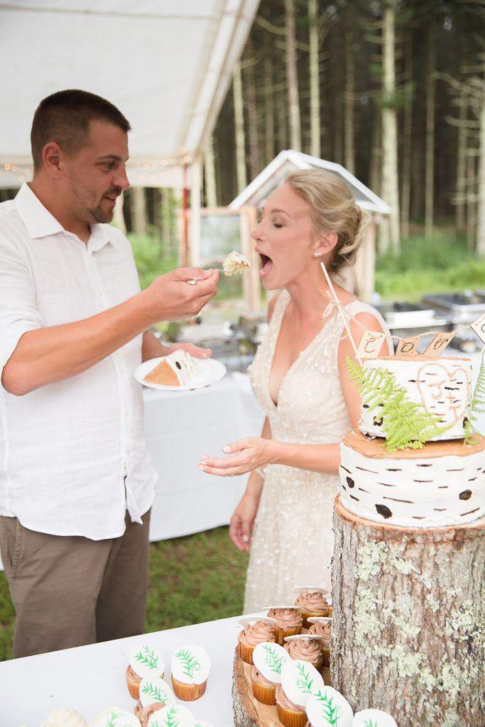 Coventry, Rhode Island, RI, Backyard Wedding, forest, earthy, wedding, tracy jenkins photography, wedding photographer, ri wedding photographer, Rhode Island Wedding photographer, cake cutting, wedding cake