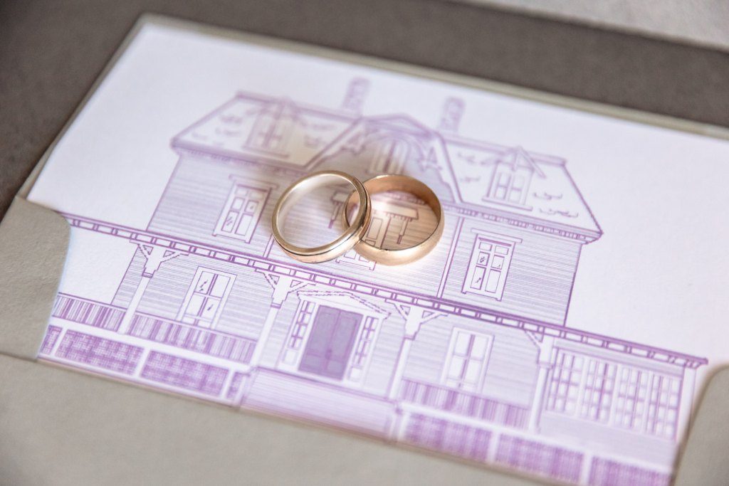 Eisenhower House, Newport, Rhode Island, Tracy Jenkins Photography, wedding, LGBTQ+, LGBT, Gay, Inclusive, Photography, Wedding photography, envelope, rings