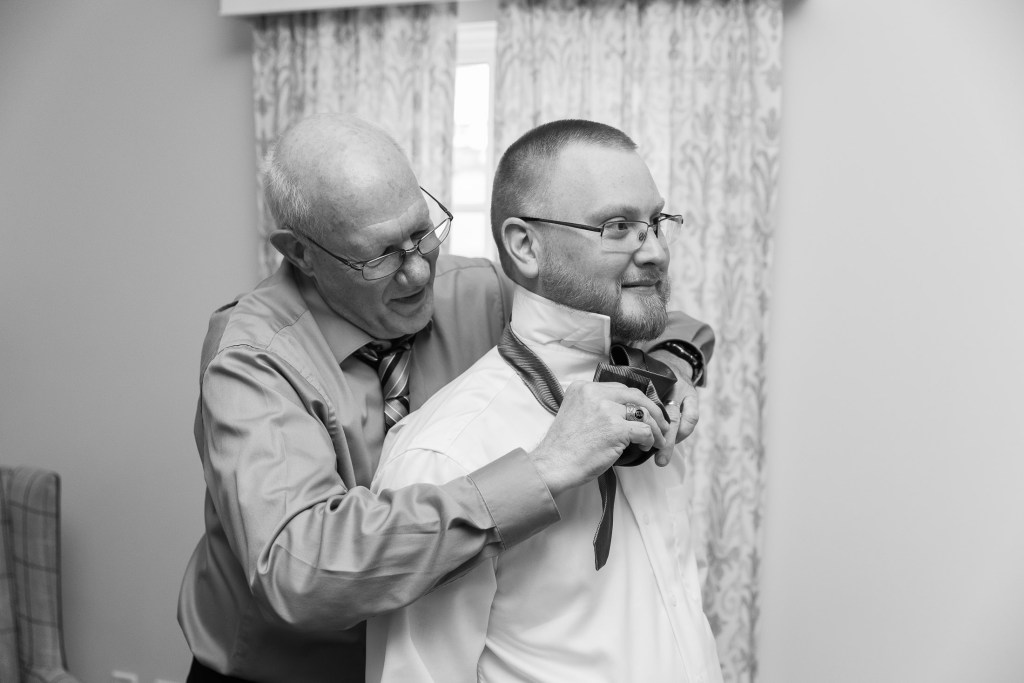 tying a tie, getting ready, wedding, groom, tracy jenkins photography, publick house, Massachusetts, new england,  photography
