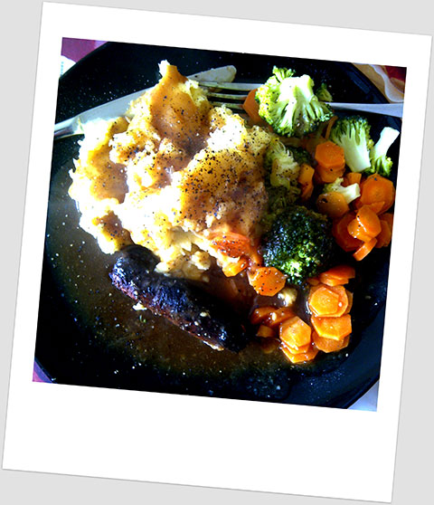 Dinner Day 25: Soya Sausage, Mashed Potatoes, Broccoli, Carrot & Onion Gravy