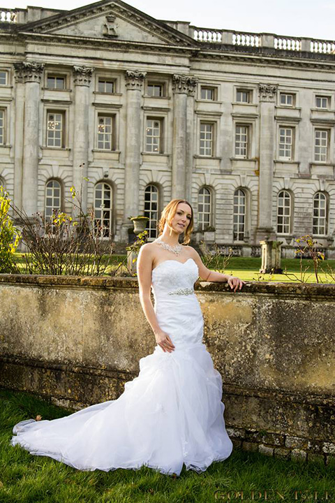 Model: Tracy Kiss, Venue: Moor Park Mansion, Photography: Golden Tale
