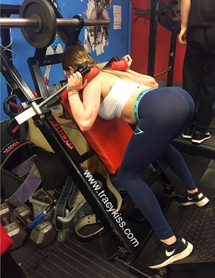 Front Squat At Bodyflex Gym