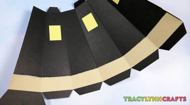 3D Paper Lighthouse - Apply the stone color to the inside