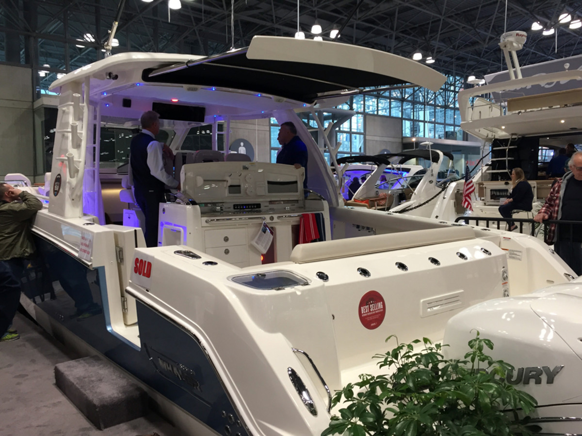 New York Boat Show Sees Steady Crowds Trade Only Today