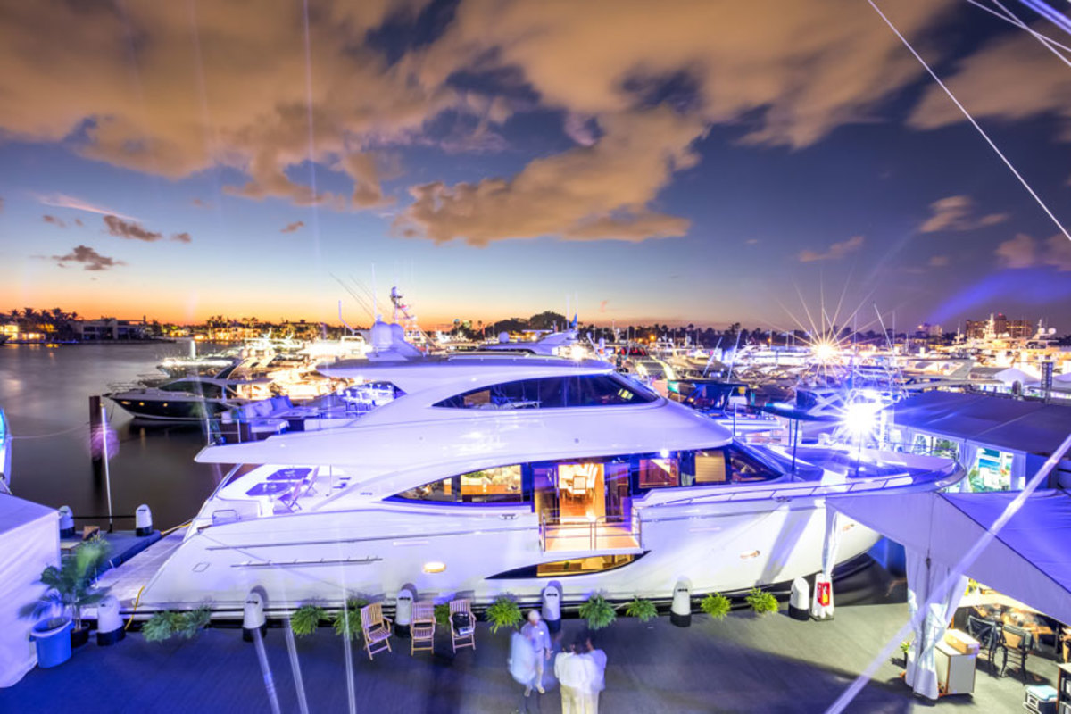 FLIBS 2017 Viking Introduces Its 93 Motor Yacht Trade