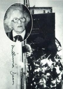 1998 Titanic Autographs Millvina Dean