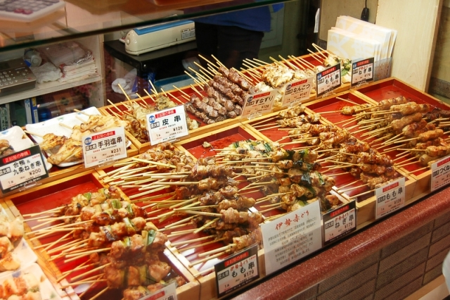Yakitori_in_store_by_sunday_driver_in_Kyoto
