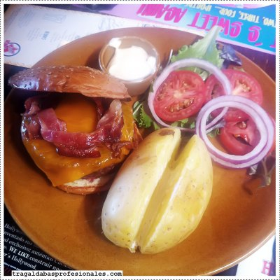 bacon-cheese-burger-@-fosters-holywood_w