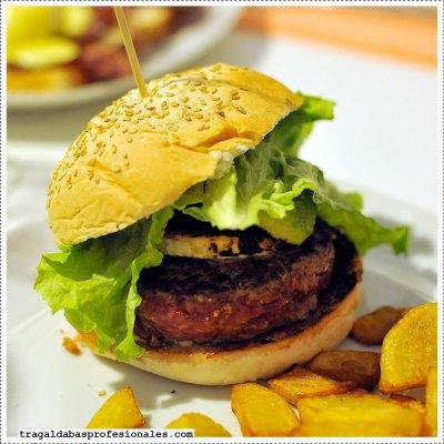 hamburguesa-tucson-burger-@-carmencita-bar_w