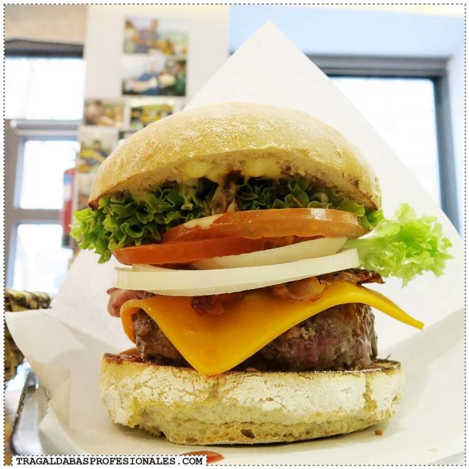 Tragaldabas Profesionales - Ruta de la hamburguesa en Madrid - Restaurante De10 - Tennessee