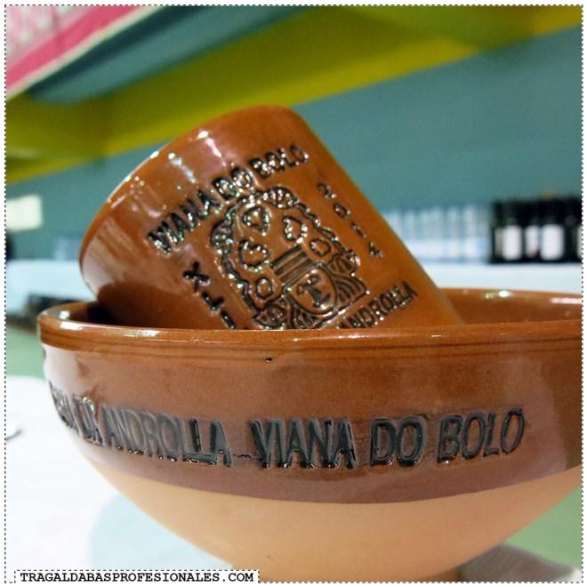 Tragaldabas Profesionales - Carnaval Entroido 2014 - Viana do Bolo - Festa da androlla - Cuenco y vaso