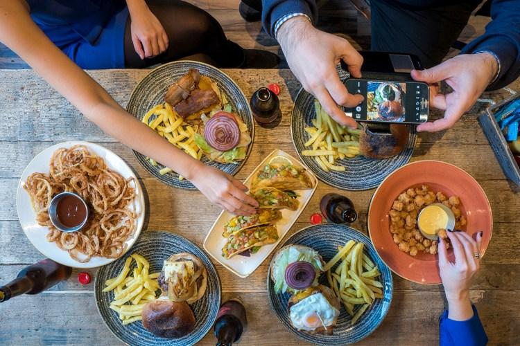 hamburguesa-menu-grupos-queen-burger-gourmet-madrid