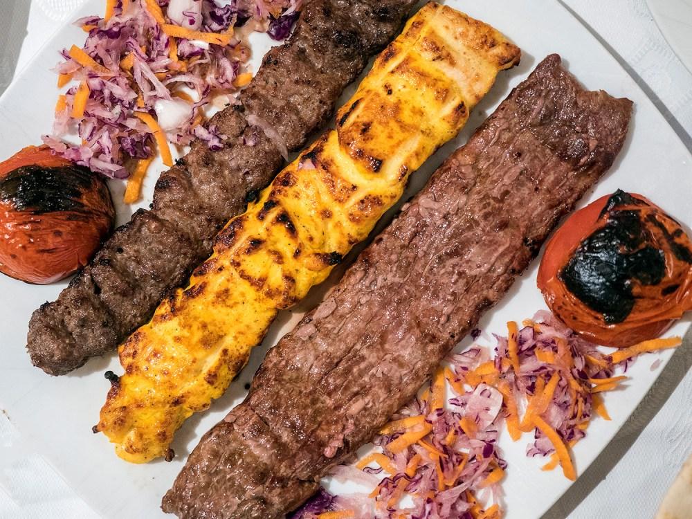 iran-street-food-madrid-tragaldabas-profesionales-kebab-mr-kabab