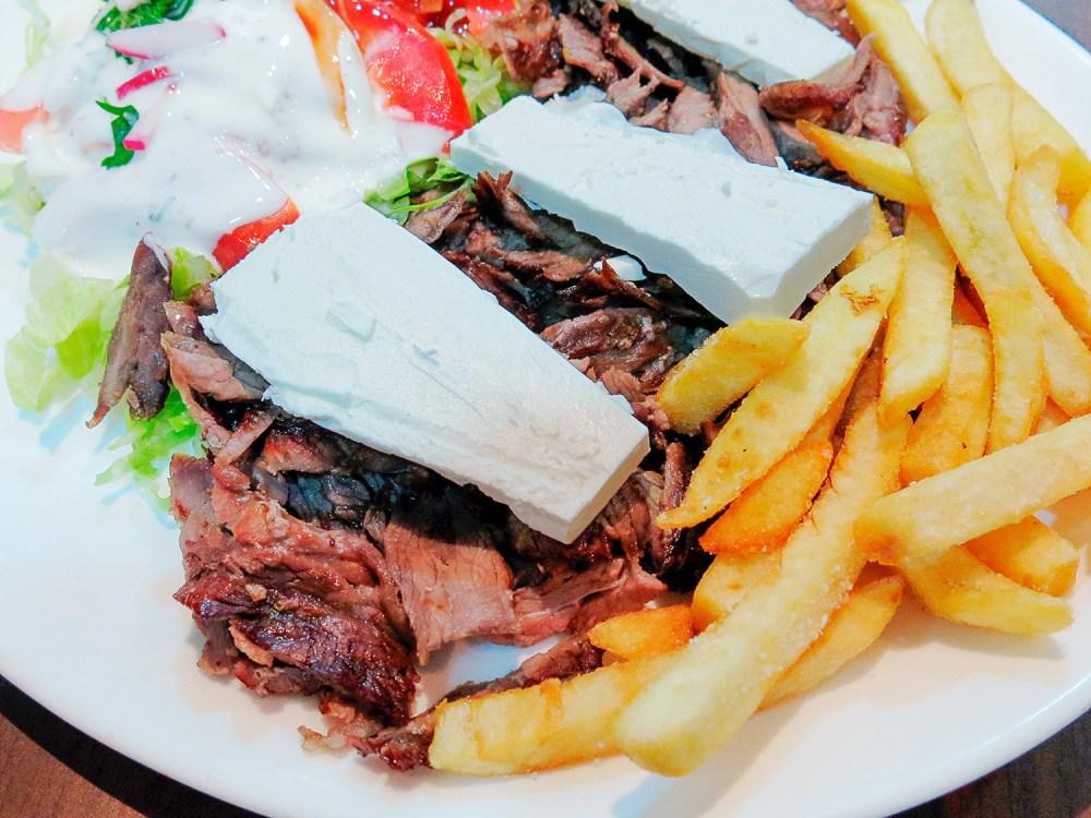libano-street-food-madrid-tragaldabas-profesionales-plato-shawarma-yunie