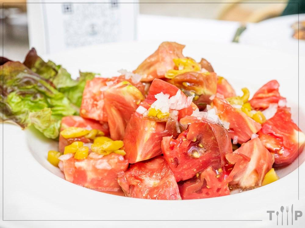 ensalada-tomates-verdura-brasa-tragaldabas-profesionales