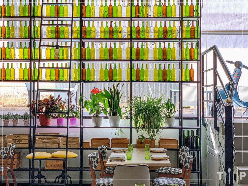 hotel-restaurante-canitas-maite-casas-ibanez-albacete-tragaldabas-profesionales