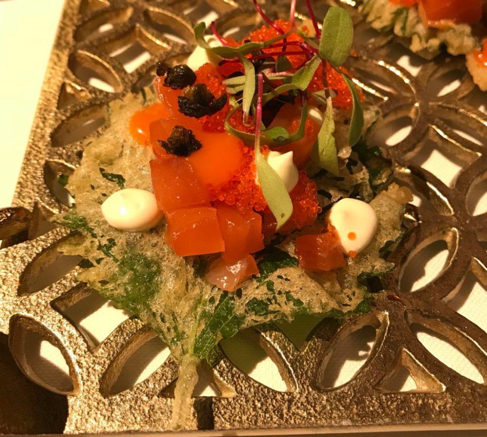 Hoja de shiso con salmón - La Salita