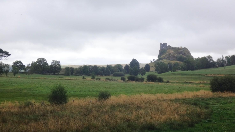 ... et les ruines du château