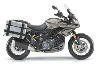 Photo of Essai Aprilia 1200 Caponord Rally