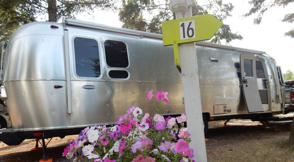 How Much Do Airstreams Weigh The Adventures Of Trail Hitch