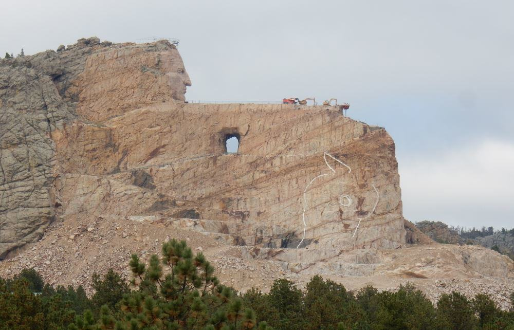 The Crazy Horse Memorial The Adventures Of Trail Amp Hitch