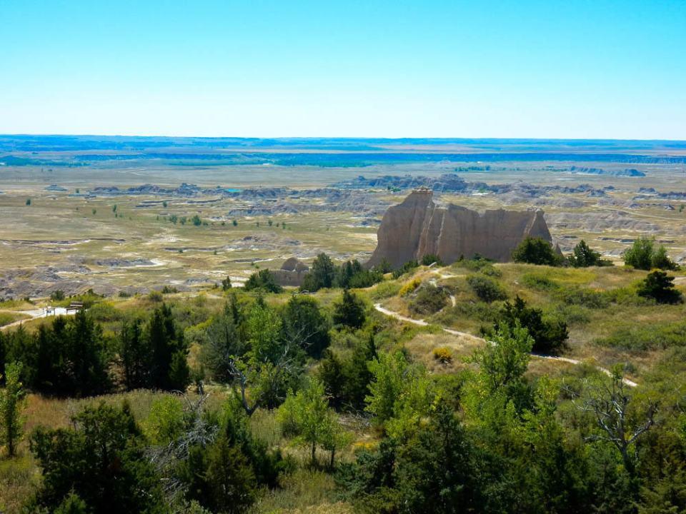 Cliff Shelf Nature Trail
