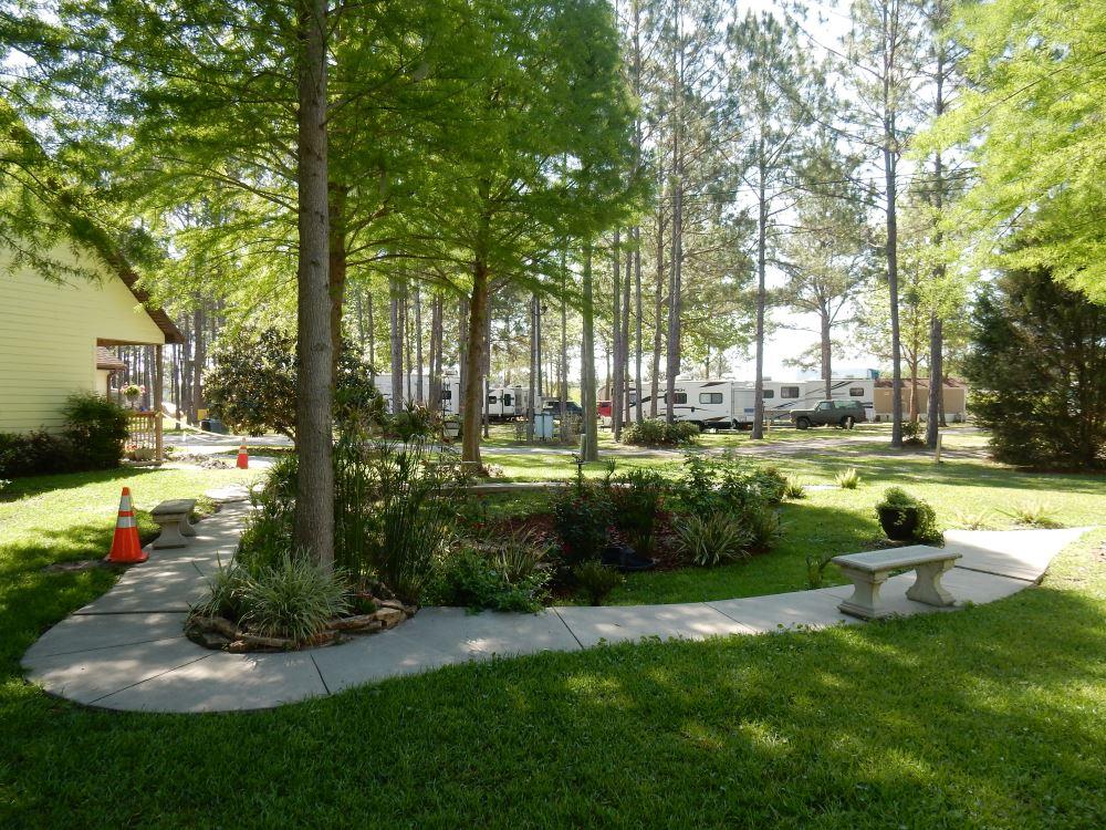 Lake City RV Resort: Lake City, Florida