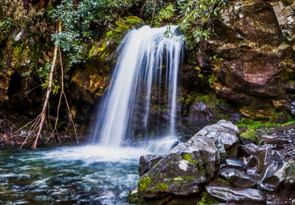Grotto Falls - Go early in the day, and before peak season