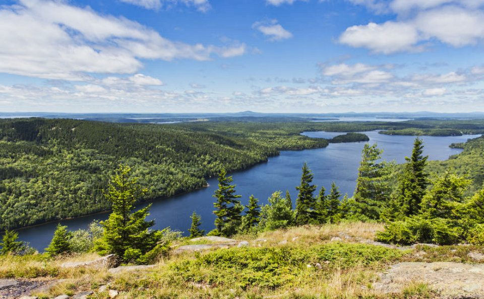 Echo Lake from Beech Mountain - Copyright pictur123 @ 123RF Stock Photo