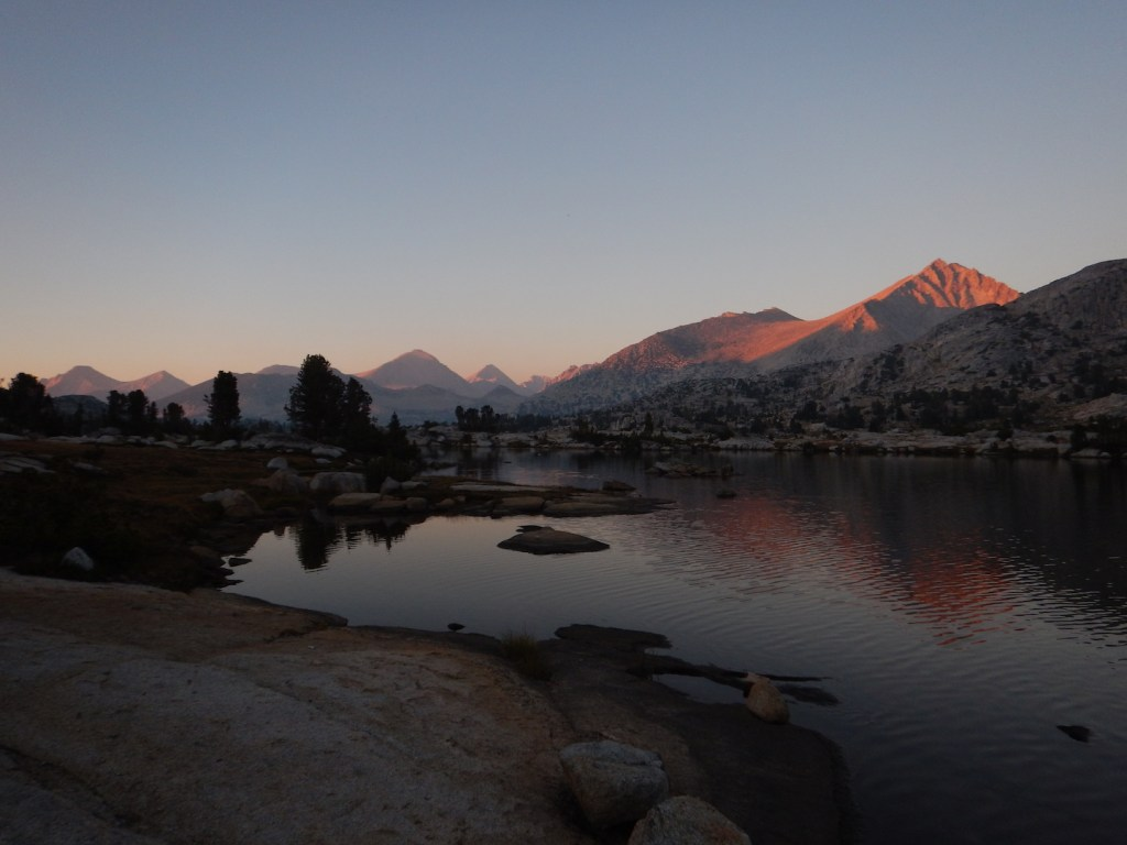 Sunset at Marie Lake. A fantastic spot to take a rest day!