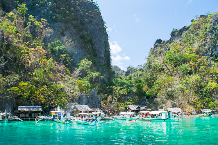 Coron Island Hopping, Diving, and the Ferry to Manila