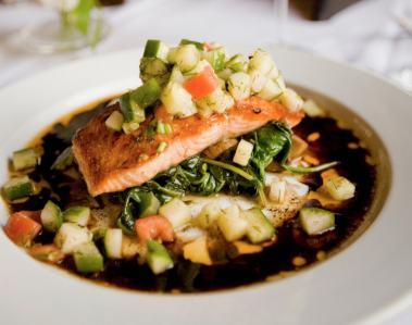 salmon, potato and garlic salmon