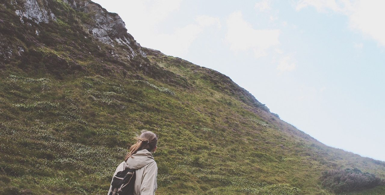 """Tiny Rant: Who Are """"Girls Who Hike""""?"""